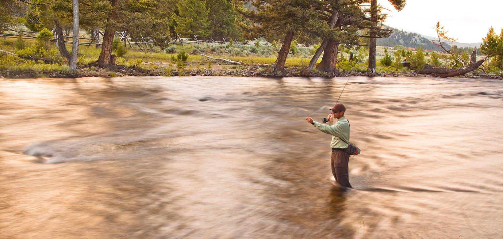Fly fishing spring rockcreek the ranch at rock creek for Rock creek fishing