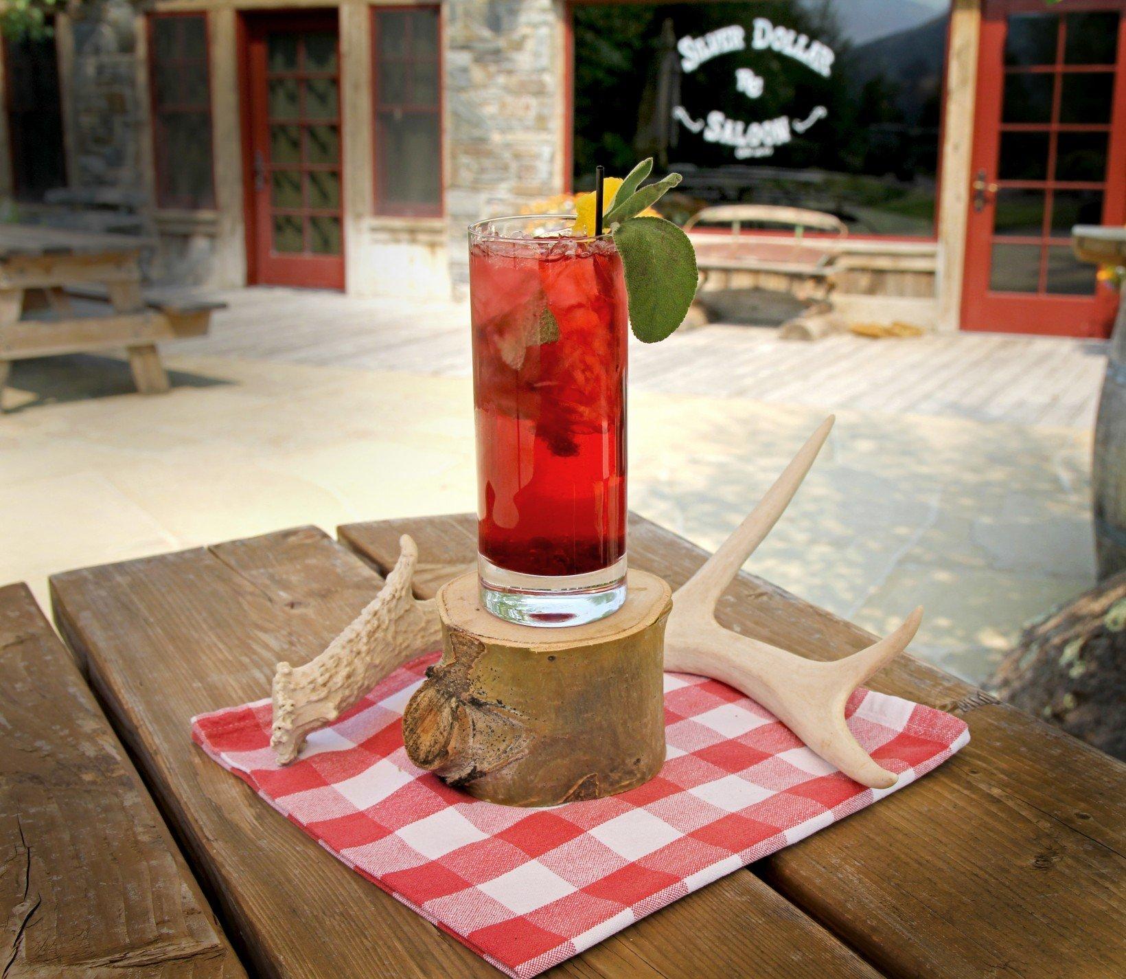 huckleberry-cocktail
